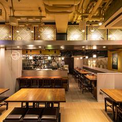 広々とした空間で、のびのびとお食事を楽しむことが出来ます。