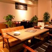 ふかふかのソファ席♪テーブルソファ席 58席、カウンターソファ席 6席あり。