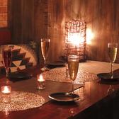 2名様のご利用なら半個室席♪ワインと肉とチーズがベストマッチな個室肉酒場ミートキッチン♪お肉料理からチーズ料理まで人気のアラカルトもご提供しております♪