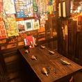 ◆懐かしのおもちゃ売場前◆レトロ空間を一番満喫できるテーブル席少人数の宴会はこちらで!