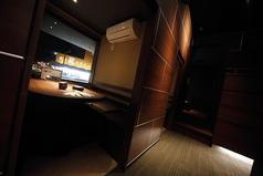 6名様のテーブル個室です。同タイプのお部屋が8部屋ございます。