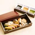 厳選素材の京風創作料理♪「京町の三色味噌田楽盛り合わせ」など種類も豊富にご用意しております。外国人のお客様や遠方からのゲストにもお喜び頂けますよ♪季節の旬な素材を活かした京風料理をご用意しております♪こだわりの創作料理をご堪能くださいませ♪見た目の華やかさと、味の美味しさを当店でご堪能いただけます。