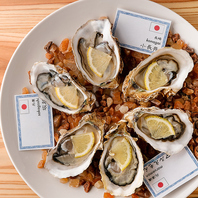 当店オススメ★その日仕入れた各地の新鮮な『牡蠣』!