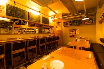 路地裏酒場 Couta コウタ 大手門店の雰囲気1