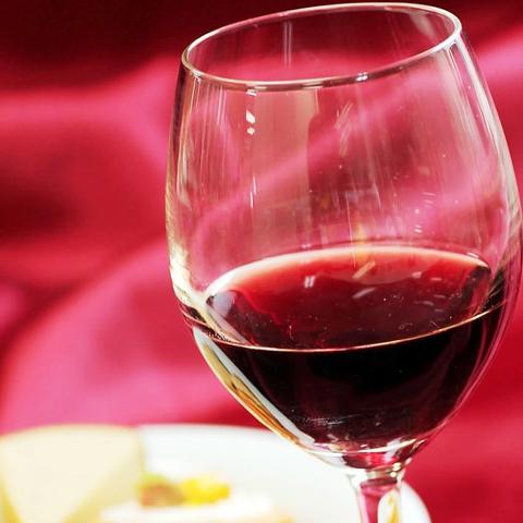 JR錦糸町駅北口徒歩5分♪シーフードと常時100種の日本ワインが楽しめるバルです♪