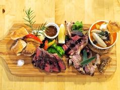 料理メニュー写真ROCCOの肉盛り