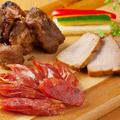 料理メニュー写真バルのつまみ!肉の盛り合わせ