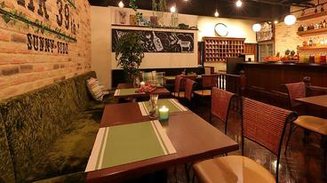 肉バル 39th サンクス 新宿東口店の雰囲気1