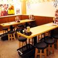 【大宴会も◎】新時代にテーブル席は活気あふれるワイガヤ感が自慢です!お仕事帰りや仲間との飲み会、大人数宴会から少人数宴会までお気軽にどうぞ♪