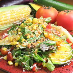 料理メニュー写真7種の夏野菜サラダ
