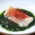 料理メニュー写真白身魚の岩のりソース