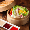 料理メニュー写真季節の鎌倉野菜せいろ蒸し
