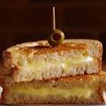 料理メニュー写真グリルドチーズ GRILLED CHEESE