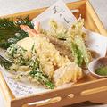 料理メニュー写真お任せ天ぷら7種盛合せ