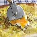 料理メニュー写真カルボナーラピザ