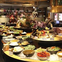 自然食ビュッフェ 大地の贈り物 上野店特集写真1