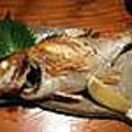 料理メニュー写真漁港直送 一本鮮魚の姿焼き