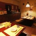 個室のような空間の8名席。宴会や接待に。