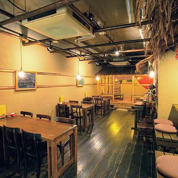 無国籍料理 SANTA no SHIPPO サンタノシッポ 今津店の雰囲気1