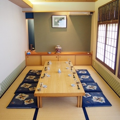 宴会利用最適なお座敷のお席です。16名様までご利用いただけます。