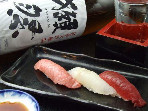 """毎日仕入れる新鮮なこだわり素材をリーズナブルに食べられる""""北海寿し"""""""