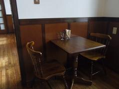 テーブル席:2名×1