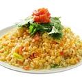 料理メニュー写真★人気パクチー料理をご紹介★パクチー魚炒飯1200円