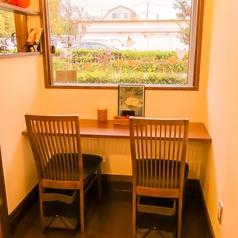Asian cafe Dorkbua アジアンカフェ ドークブア 西新井大師西の雰囲気1