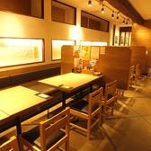 【新橋・西口】広い空間でのテーブル席★人数様に合わせたお席をご用意致します!