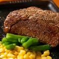 焼けるお肉の匂いが食欲をそそります♪
