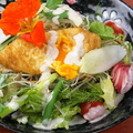 料理メニュー写真季節野菜のマレンゴエッグ添え