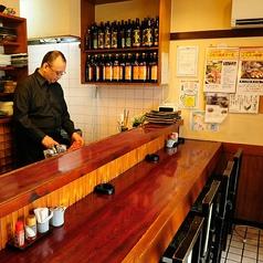 《1階カウンター席》ちょい飲みもOK!目の前で調理が見える!毎日でも通いたくなる和やかな空間!