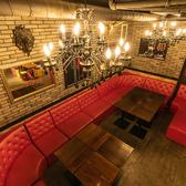 ゆったり広々したソファー席が多めな店内は、落ち着いた空間でゆっくり寛げます。