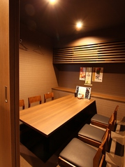 4Fに完全個室の6名様お座敷が3部屋。ごゆっくりお食事をお楽しみください。