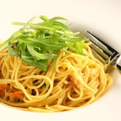 ズワイガニと水菜のスパゲッティーニ蟹味噌風味