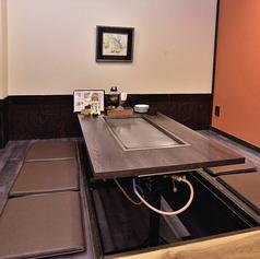 最大16名様まで座れる宴会席。個室なので会社の宴会などに最適な空間。