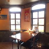 テーブルのみ38席(2人掛×7、4人掛×6)※長ソファー席ございます。