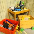 キッズスペースにはおもちゃも完備♪ママ会やお子様連れでも心置きなくお楽しみいただけます!