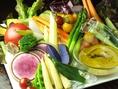 熟成させた有機野菜たちは、さらに蒸し時間を変えて美味しさを引きだします