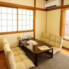 """""""家飲み""""気分で過ごせる座敷個室です。温かい雰囲気で、和やかな宴会が楽しめます。"""