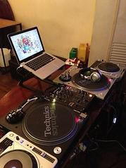 DJ機材(ターンテーブル/CDJ/DJミキサー)/卓上ミキサー/マイク/プロジェクター/ゲーム機ございます!