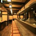 京都駅ビル11階、すぐにサクっと寄れる好立地♪目の前で揚げられたアツアツの串揚げを昔ながらのカウンターでお楽しみください☆