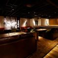 【ソファー席:4~6名様】お洒落でデザイン性の高い店内は女子会にも人気!仙台の焼肉業態では珍しい可愛いソファー席でゆったりと焼肉をお召し上がり頂けます。