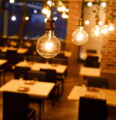 ドア付完全個室多数♪落ち着いた空間☆夜景が見渡せる個室空間で至高のひと時をお過ごし頂けます♪完全個室のプライベート空間で周りを気にせず、お食事をお楽しみ下さい。