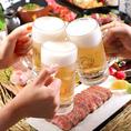 宴会コースは全て飲み放題付き!ビールや銘柄焼酎、日本酒、カクテルなど約130種類が飲み放題。ノンアルコールも充実していますので、お酒が苦手な方もお愉しみいただけます。単品飲み放題のお客様は、1,870円(税込)でご提供!