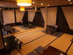 宴会用の広いお座敷ございます。最大40名様まで収容可能です。少人数宴会も受け付けておりますので、ぜひご利用ください♪
