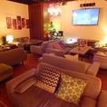 全席ソファの人気の個室!!15名~個室貸切でご利用可能です!!美味しい丸鶏や同窓会、忘年会新年会にも◎