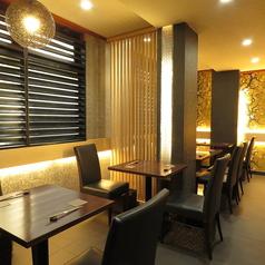 半個室・テーブル席など、ご利用シーンに合わせた空間をご用意しております。大小人数どちらにも対応可能です!記念日からご友人との食事、ご宴会など、ぜひご利用ください!