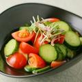 料理メニュー写真きゅうりとトマトのサッパリ和え