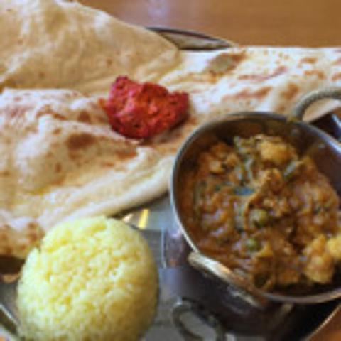本場のインド料理を豊富にご用意!カレー以外のお料理・食べ放題・パーティーも人気♪